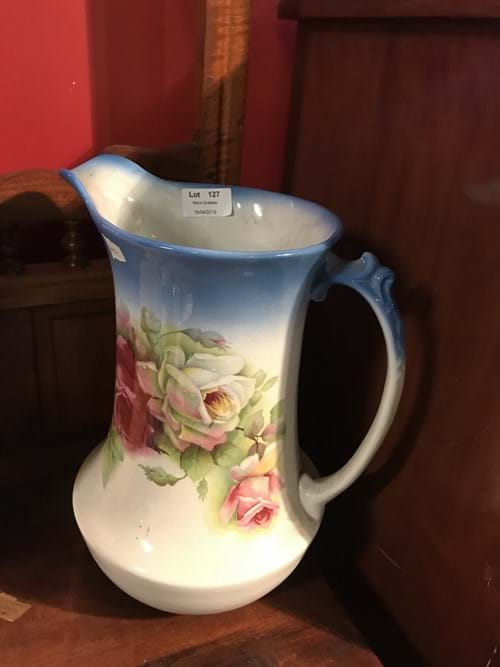 LOT 127	~	Blue Floral Washjug