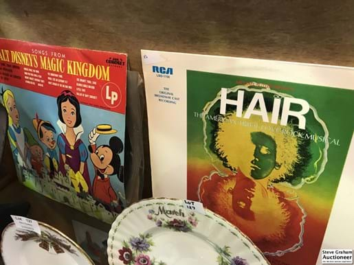 LOT 129	~	8 Show Tune Records incl Oklahoma, Hair, The Wiz, Wild Cat, Walt Disneys Magical Kingdom, Hello Dolly, Bye Bye Birdy & White Horse Inn