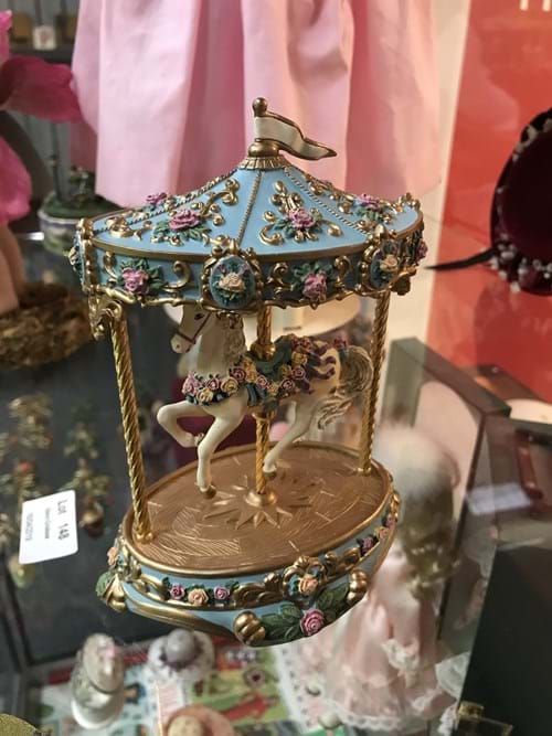 LOT 148	~	The Carousel Rose Musical Sculpture
