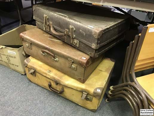 LOT 151	~	3 Old Suitcases