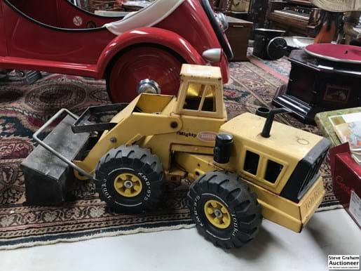 LOT 153	~	Tonka Articulated Loader