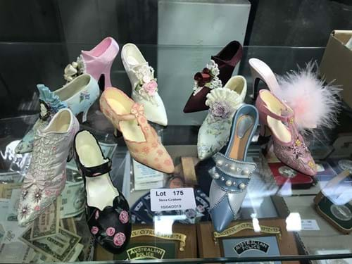 LOT 175	~	Collection of Ornamental Ladies Shoes