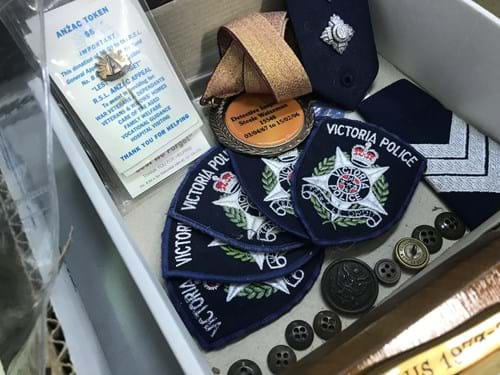 LOT 179	~	Police Plaques, Patches, Buttons & Asstd Items