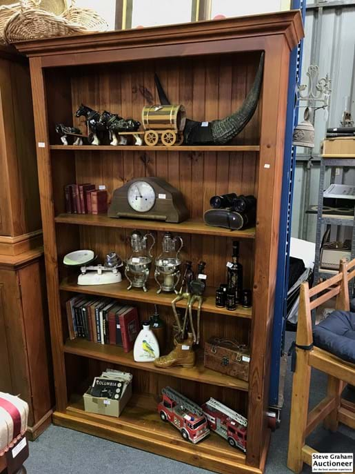 LOT 198	~	Large Pine Bookcase
