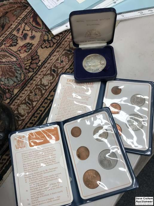 LOT 170	~	1983 Royal Wedding Silver Memorial Coin & 2 Folders British First Decimal Coins