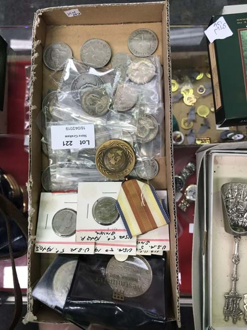 LOT 221	~	Tray of World Coins, Medallions etc