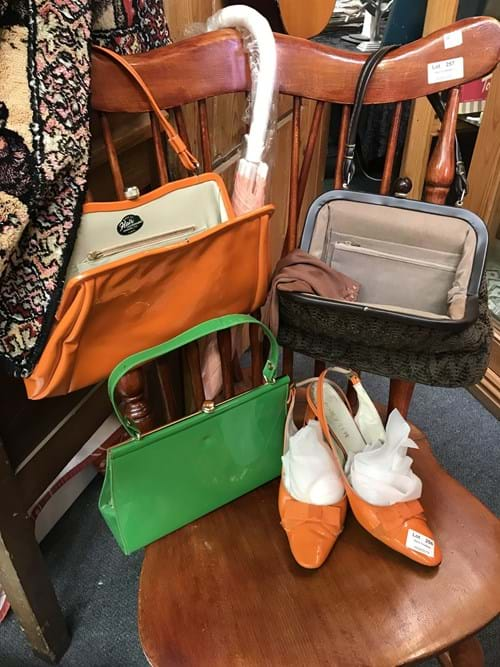 LOT 256	~	1960's Style Handbags, Shoes & Umbrella