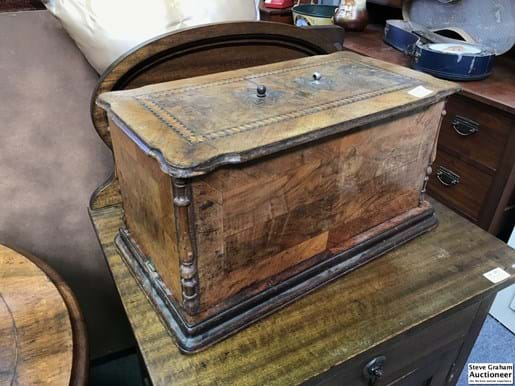 LOT 280	~	Antique Hand Crank Portable Sewing Machine in Fruitwood Case