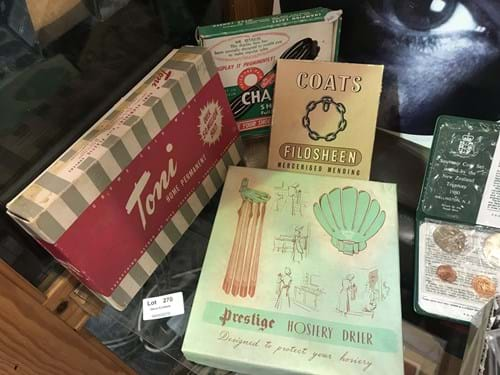 LOT 270	~	Vintage Packaged Hosiery, Shoe Laces etc