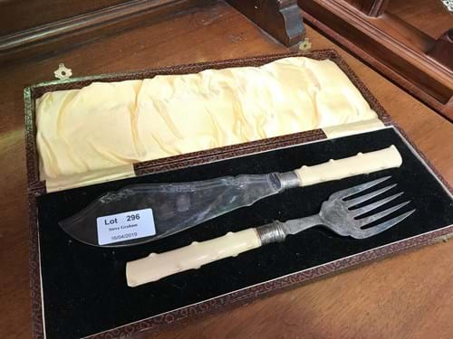 LOT 296	~	Early 1900's Carving Set in Case