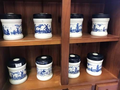 LOT 306	~	8 Blue & White Canisters