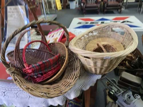 LOT 308	~	Wicker Baskets