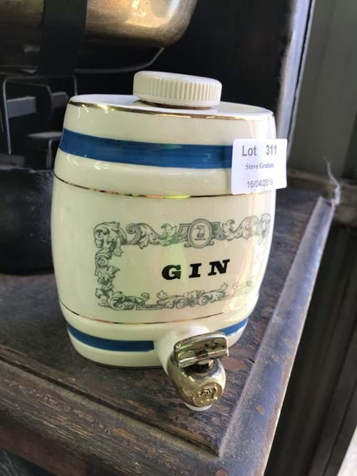 LOT 311	~	Wade Royal Victoria Pottery Gin Decanter