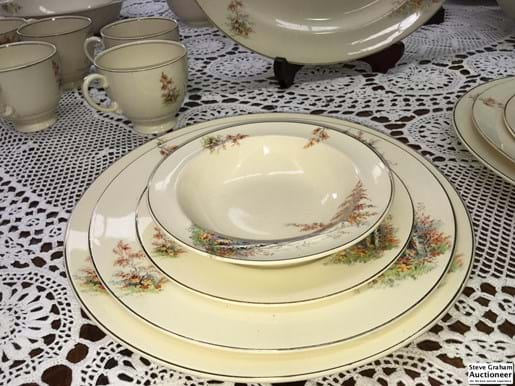 LOT 345	~	Meakin Jacobeanware Dinner Set - 92pce (9pce  af)