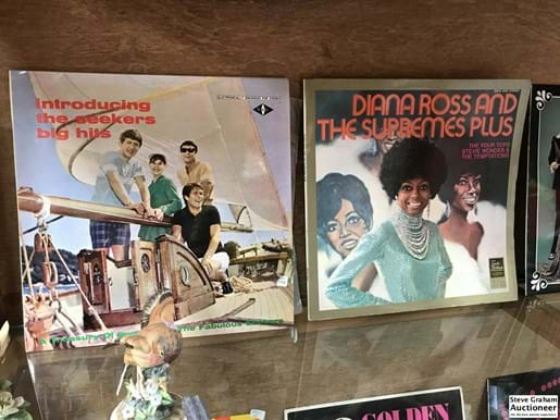 LOT 30	~	8 LP Records incl Seekers, ABBA, Diana Ross