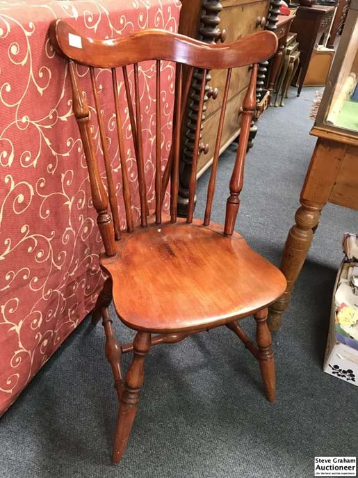 LOT 367	~	Chair