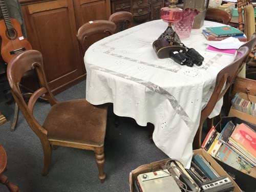 LOT 343	~	6 Victorian Dining Chairs