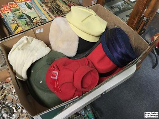 LOT 45	~	8 x Vintage Hats + Gloves & Evening Bags