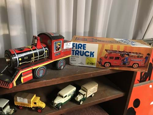 LOT 53	~	Tinplated Locomotive & Fire Truck