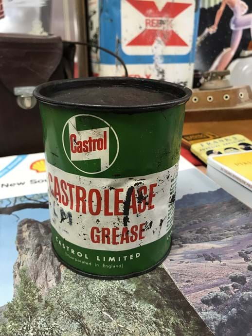 LOT 3	~	Castrol 'Castrolease' One Pound Grease Tin