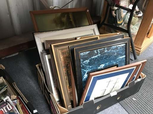LOT 6	~	Box of Assorted Prints & Pictures