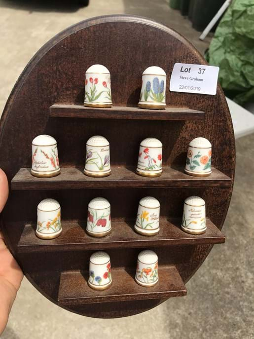 LOT 37	~	Franklin Mint Collectable Thimbles on Display Rack