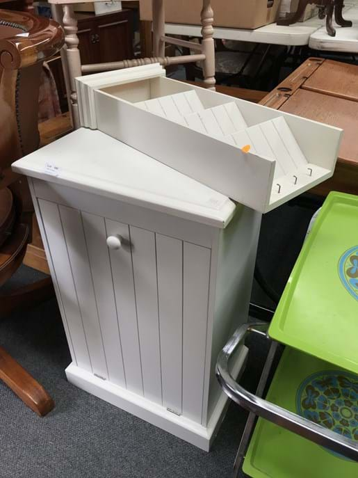 LOT 100	~	Timber Laundry Cabinet & Small Shelving Unit