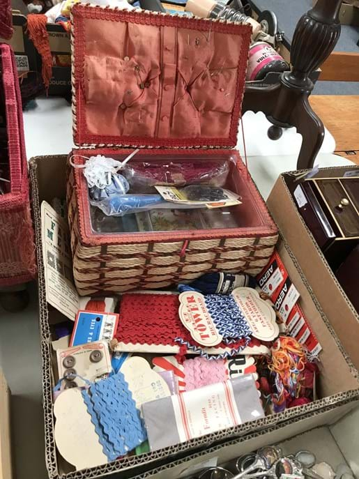 LOT 107	~	Box of Vintage Sewing Items