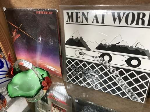 LOT 122	~	8 Records inc ELO, Supertramp, Meat Loaf, Men at Work and Greatest Rock n Roll Hits