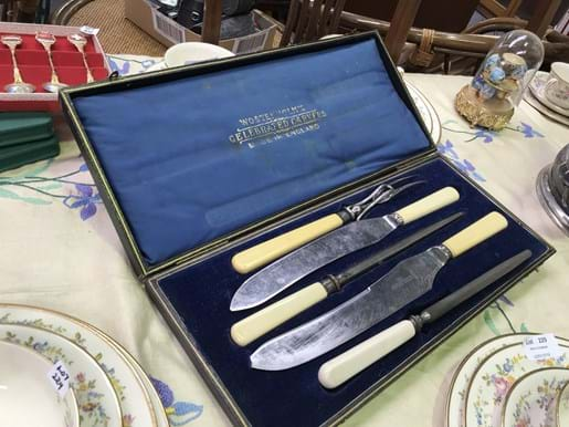 LOT 230	~	Wosterholm's Carving Set