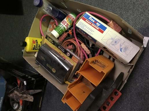 LOT 314	~	Box of Car Accessories incl Jumper Leads